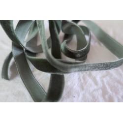 Ruban velours vert 10mm