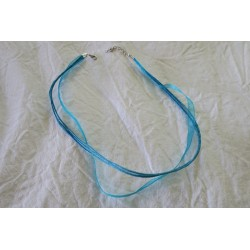 Collier organza bleu